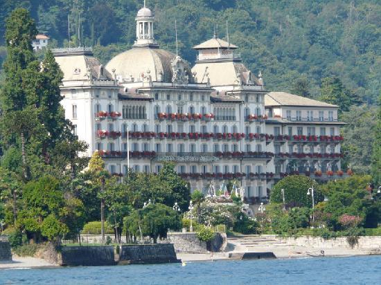 Grand Hotel des Iles Borromées & SPA: vue du lac