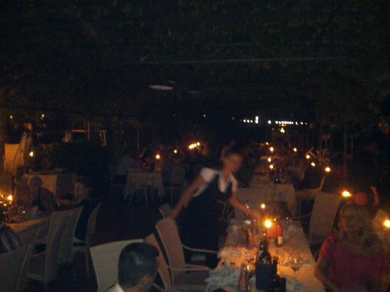 Hotel Catullo : cena a lume di candela