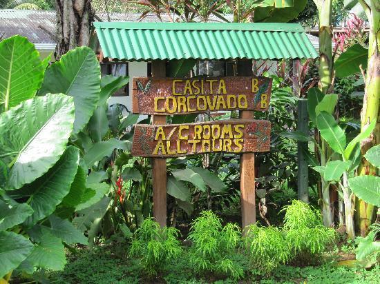 Casita Corcovado: entrada a la casita