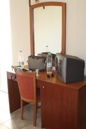 Neda Hotel: stanza