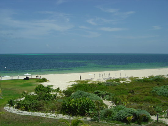 Moon Palace Cancun: beach by the Grand Moon