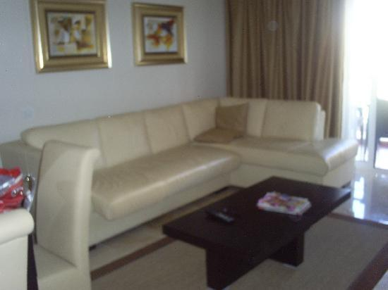 As Cascatas Golf Resort & Spa: livingroom