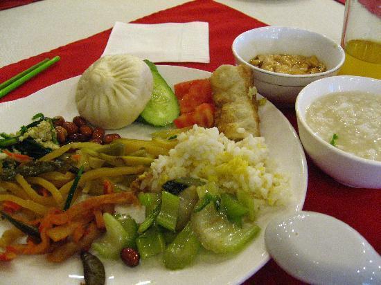 Yinbo Hotel: 朝食バイキング