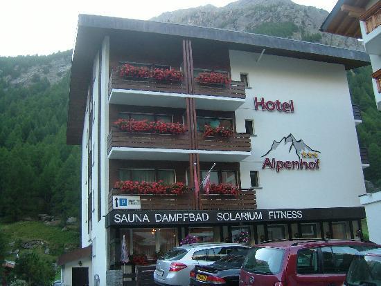 Hotel Alpenhof: Hotelansicht