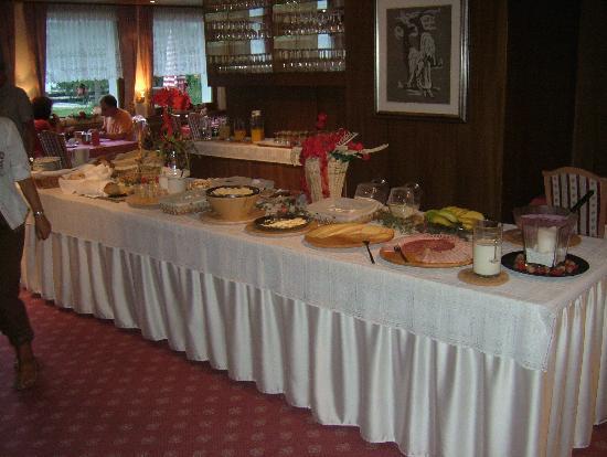Hotel Alpenhof: Frühstück