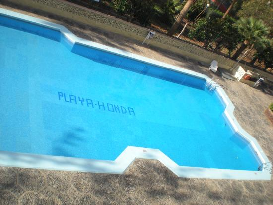 Playa Honda II Apartments: Piscina