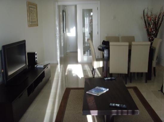 As Cascatas Golf Resort & Spa: Apartment Living Room