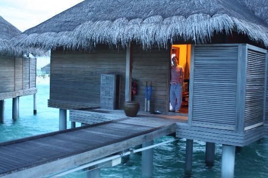 Anantara Veli Maldives Resort: 138 - our deluxe overwater