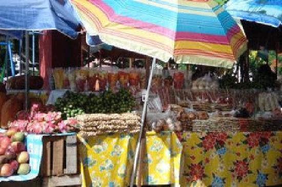 Casa Santiago: market in roberto's village en route to uxmal