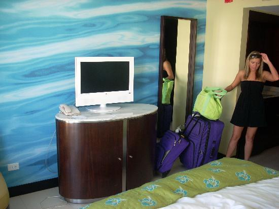 The Condado Plaza Hilton: Hotel Room