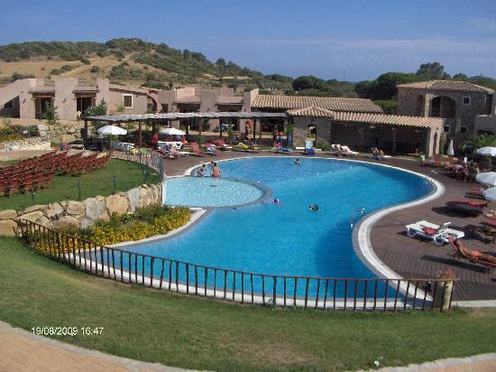 S'Incantu Resort: piscina