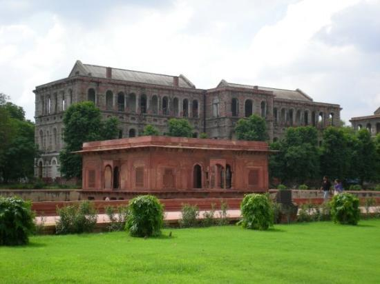 Red Fort (Lal Quila): नवि दिल्ली