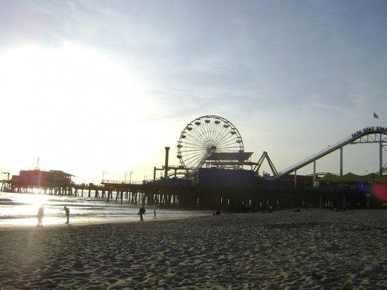Santa Monica Resmi