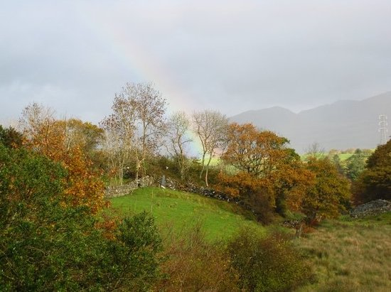 Machynlleth, Wales: The 2nd of 3 rainbows in one day!