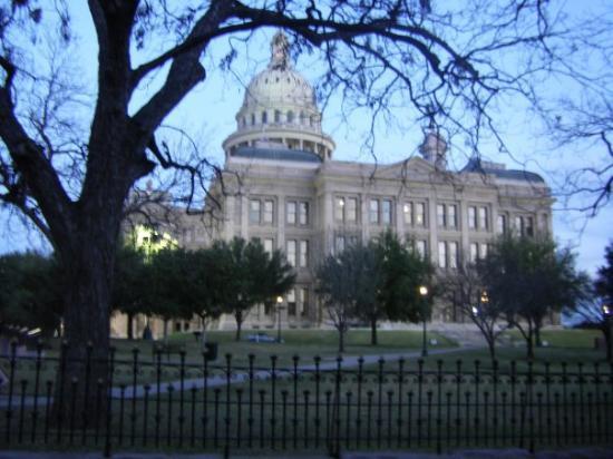 อาบีลีน, เท็กซัส: The Capitol in Austin! :)