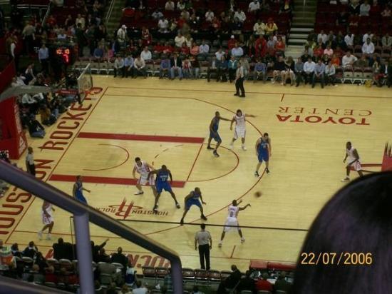 Toyota Center: Houston Rockets vs Orlando Magics !
