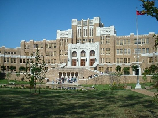 ‪Little Rock Central High School‬