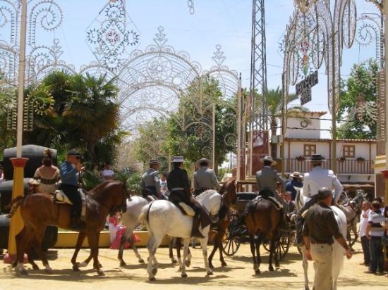 Jerez De La Frontera (เทศบาลเคเรซ เด ลา ฟรอนเตรา) ภาพถ่าย