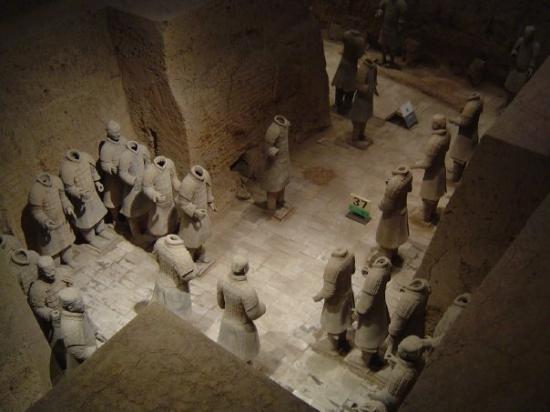 Tomb of Emperor Qin Shi Huang: Mausoleum of Emperor Qin Shi Huang - Terracota Warriors
