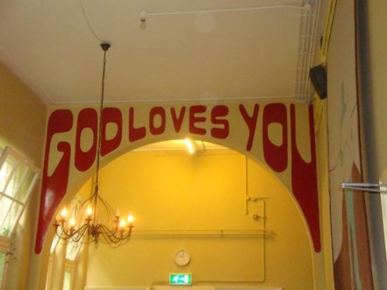 Shelter City Hostel Amsterdam: Christian Hostel again and...