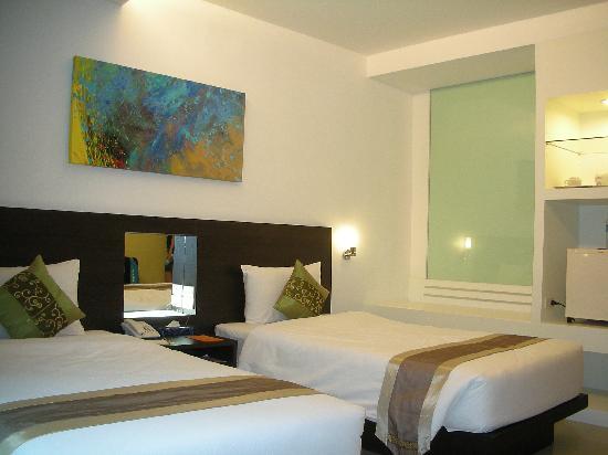 Baron Beach Hotel: room