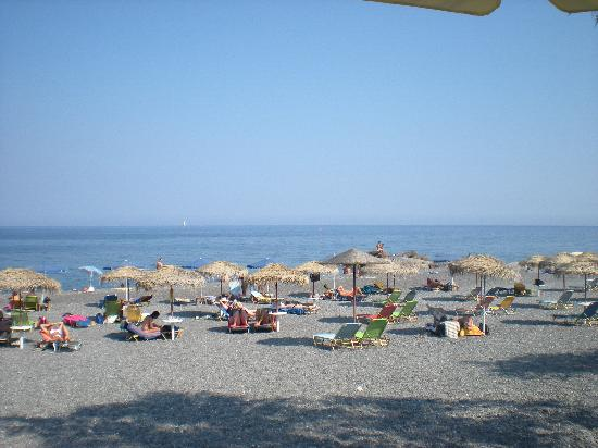 Hotel Hippocampus: Kamari Beach - about 50 metres away