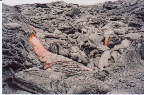 โวลคาโน, ฮาวาย: Lava in Volcanoes National Park