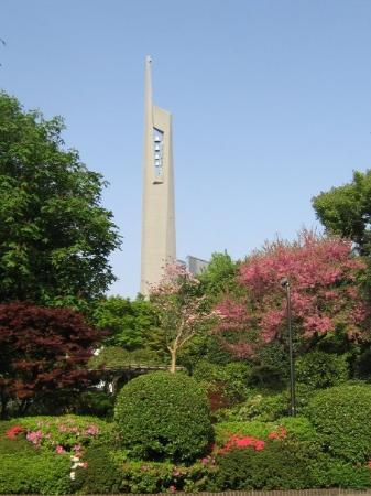 St. Mary's Cathedral, Tokyo: St. Mary's Cathedral bell tower from Kodansha garden