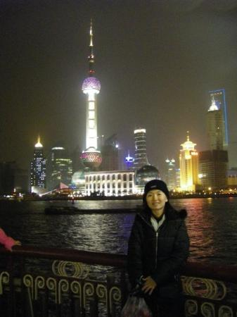 Zhongshan Road: the Pearl Tower~the Bund
