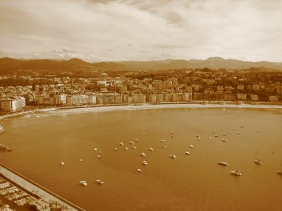 San Sebastian - Donostia, Spain: continua...