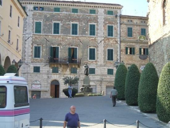 Sarteano Italy  city photo : sarteano vacation packages want to book a vacation to sarteano whether ...