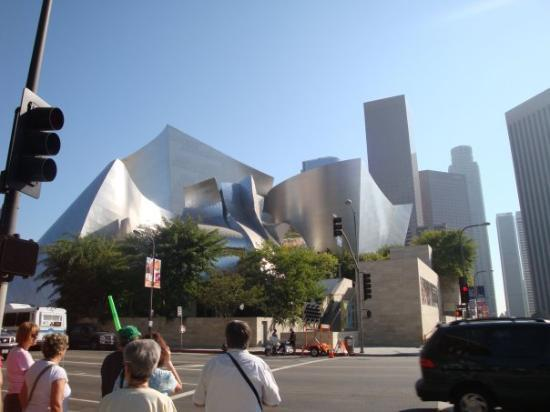 Walt Disney Concert Hall: Los Angeles