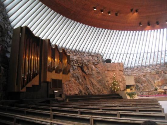ร็อคเชิร์ช: Temppeliaukion kirkko (església excavada a la roca)