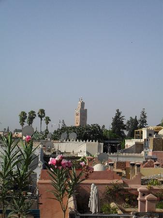 Riad Les Trois Palmiers El Bacha: Vue sur la Koutoubia