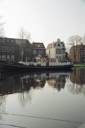 เกาดา, เนเธอร์แลนด์: Reflections of Gouda.