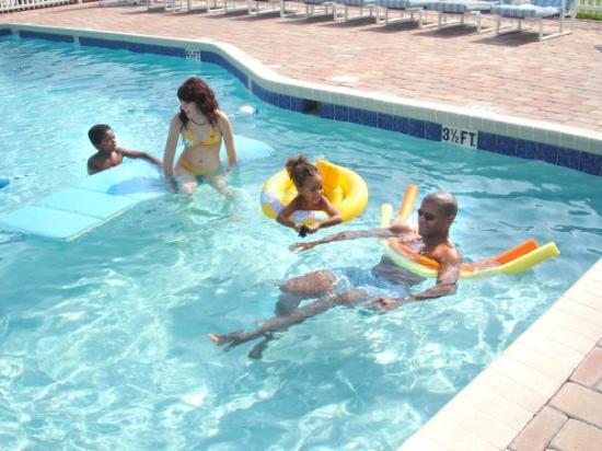 La piscine du village vacances / Villas at Fortune Place,