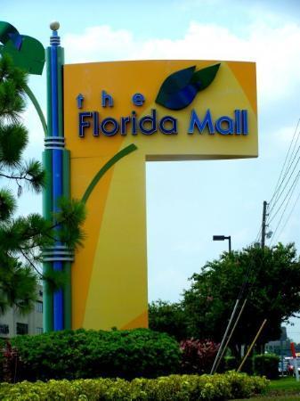 The Florida Mall: Entrée du Florida Mall