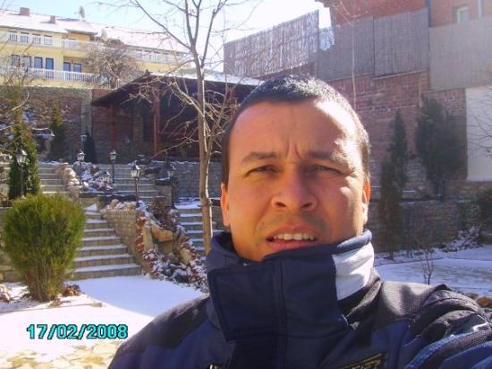 Pristina, โคโซโว: Prishtina, Kosovo... nieve