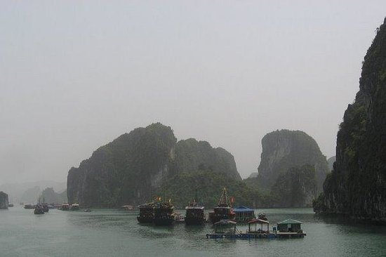 Tourism g Halong Bay Quang Ninh Province Vacations.