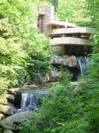 Falling Waters, Virginia Occidental: Frank Llyod Wright's Fallingwater