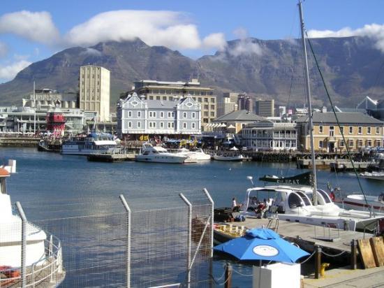 Ciudad del Cabo Central, Sudáfrica: Kapske mesto v plnej krase, v pozadi Stolova hora