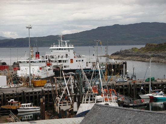 The Anchorage Bed & Breakfast : Porto di Mallaig dalla camera