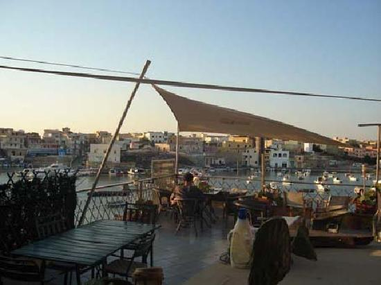 Centro Vela Lampedusa Bed and Breakfast: terrasse