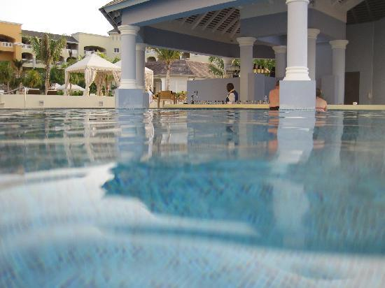 Iberostar Grand Hotel Rose Hall: piscine