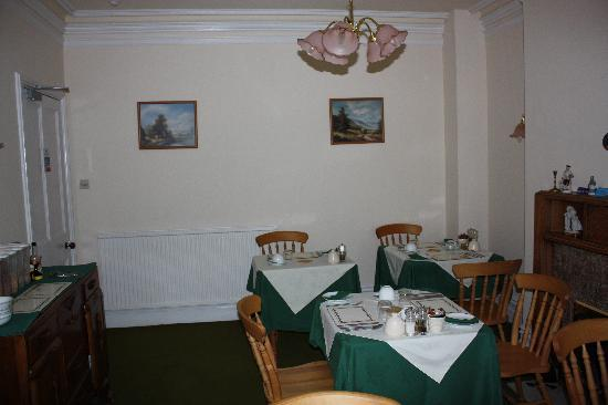The Mount Guest House: the breakfast room