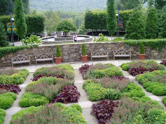 Gardens - Picture of The North Carolina Arboretum, Asheville ...