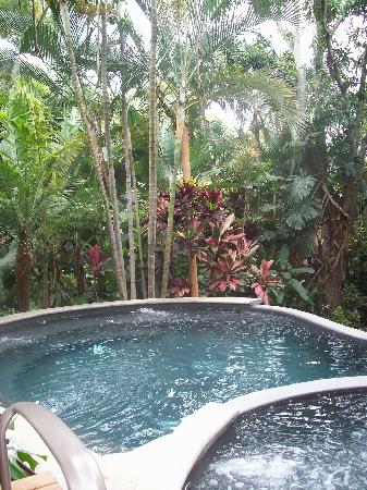 Hotel Beacon Escazu: The small but lovely pool.