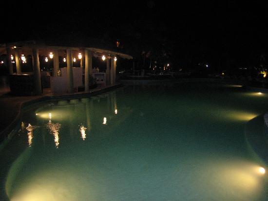 St. James's Club Morgan Bay: pool at night
