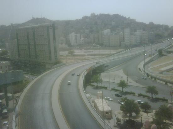 Al Rawda Umm Al Qura Hotel: View from hotel room