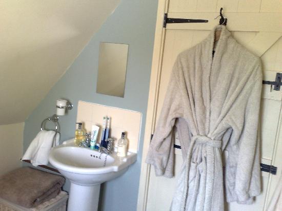 The Barn Loft: Bathroom